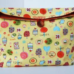 Reusable snack Lunch bag   with a lot of colors and funny print by El rincón de la Pulga