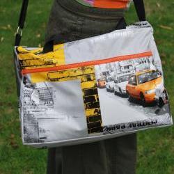 New York gym bag with 2 zippers by El rincón de la Pulga